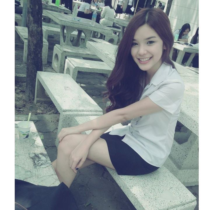 tajki-tajlandia-uniwerstet-studentka